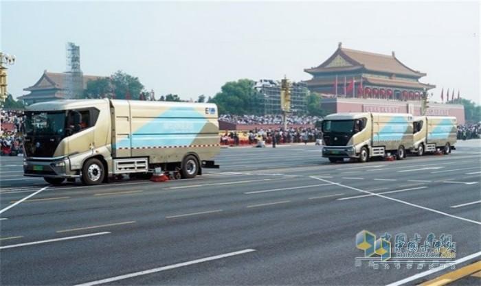 T8纯电动洗扫车为国庆阅兵提供保障