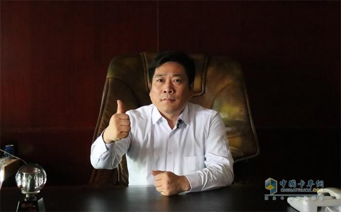 天津宇屹新材料科技发展有限公司董事长江泽波为解放点赞