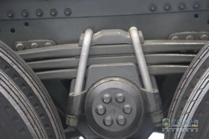 骑马螺栓进行了重新设计