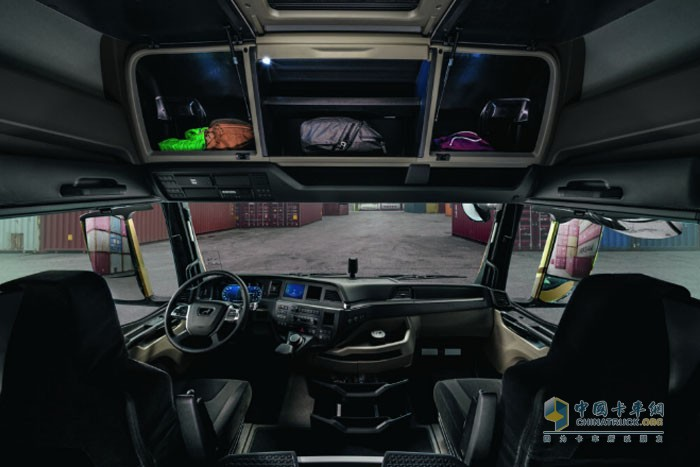 全新一代曼恩卡车驾驶室内部