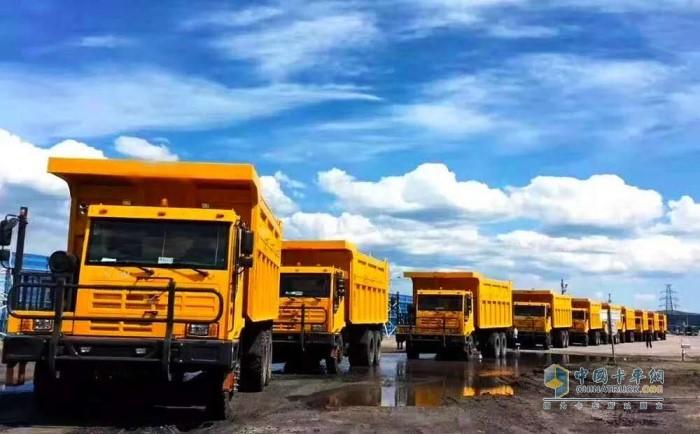搭载潍柴WP13发动机的宽体矿用自卸车交付内蒙古客户