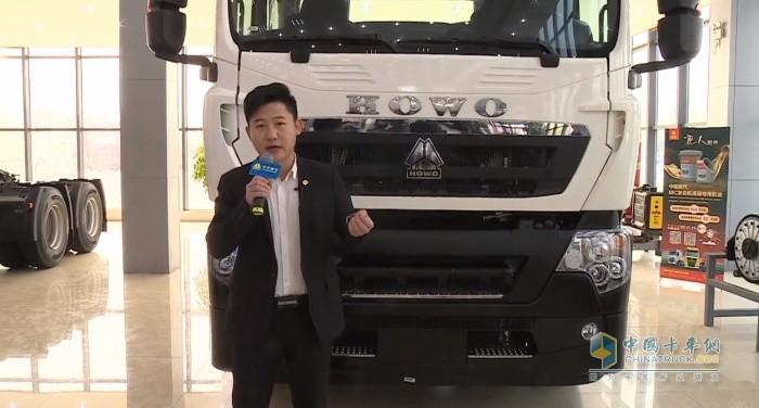 中国重汽集团销售部载货车产品专家张德强讲解豪沃TX产品