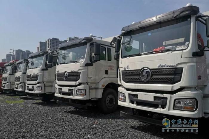 陕汽德龙新M3000环保渣土车