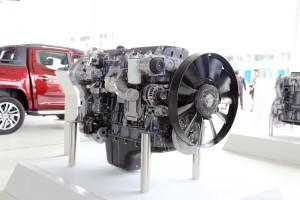产品性能先进、可靠性强 搭载C11发动机的红岩杰狮2020正式上市