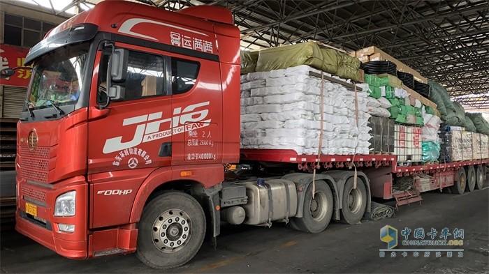 解放青汽JH6牵引定义车性能优秀