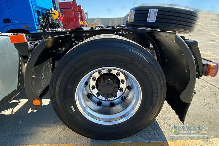 全车低滚阻米其林轮胎