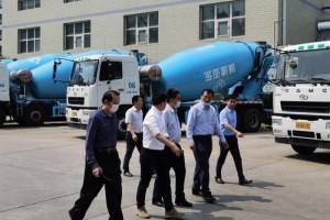 了解市场发展  华菱星马党委书记、董事长刘汉如走访北京重卡市场