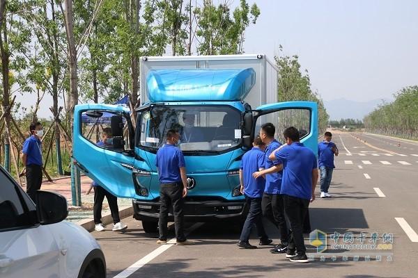 飞碟汽车W系列产品