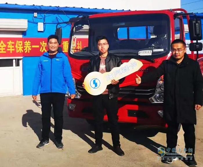 老王的儿子代表老王喜提搭载潍柴WP2.3N动力的轻卡