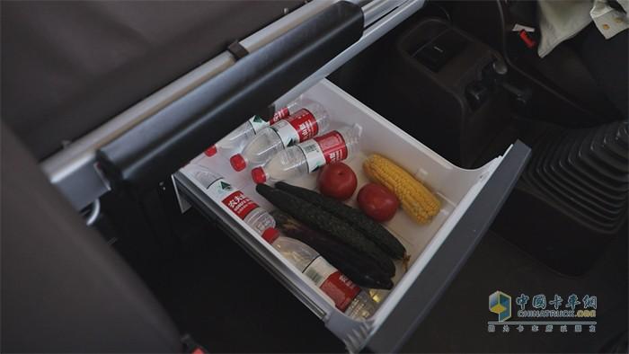大容量车载冰箱