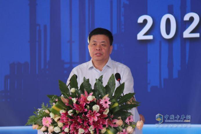 淄博鑫泰石化有限公司董事长崔学军
