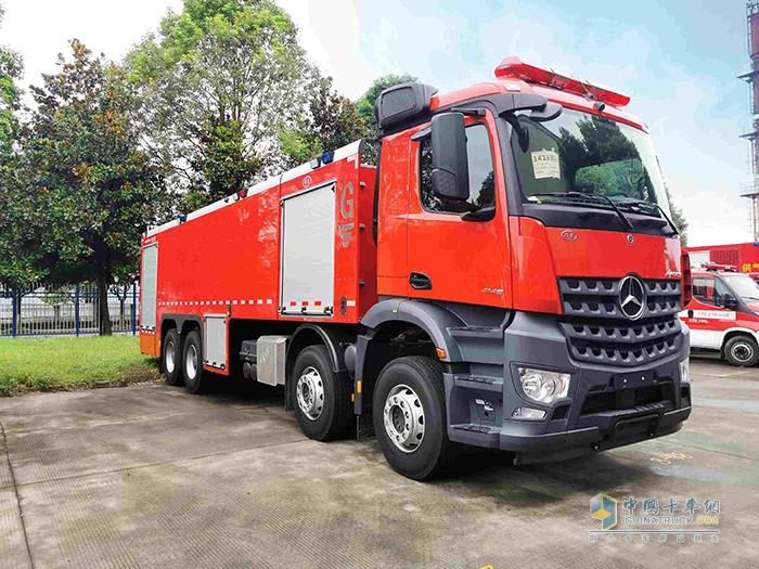 戴姆勒卡车旗下梅赛德斯-奔驰消防车将继续投身国内消防事业
