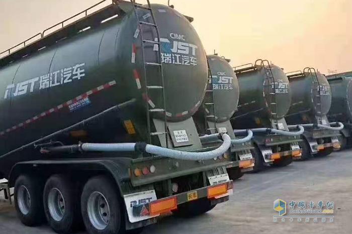 杭州集瑞专注粉罐车市场