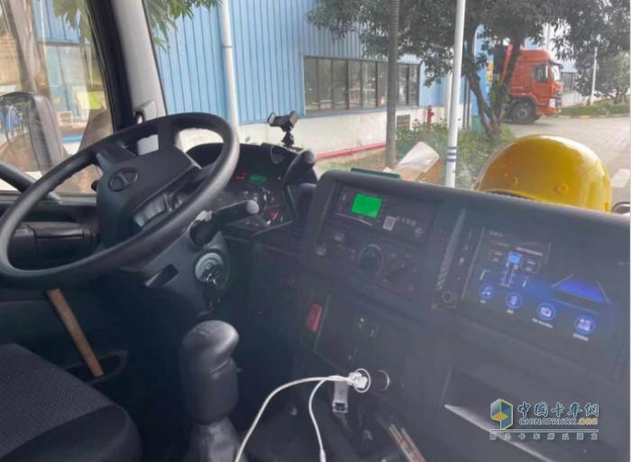 广汽日野 700重卡驾驶舒适度非常棒