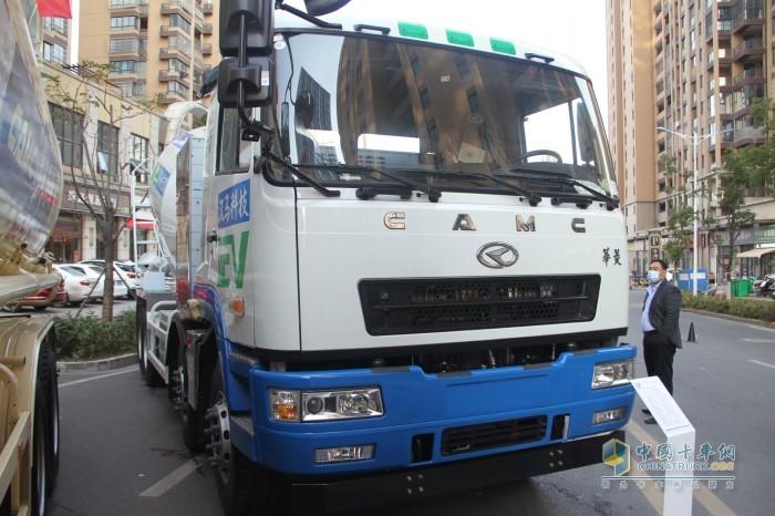 华菱纯电动混凝土搅拌运输车