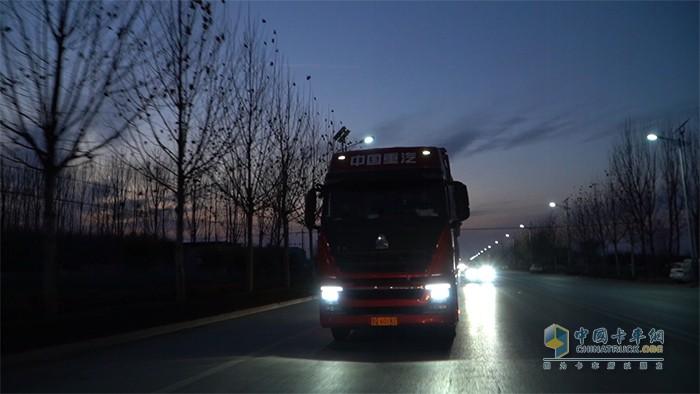 LED灯组夜间更安全