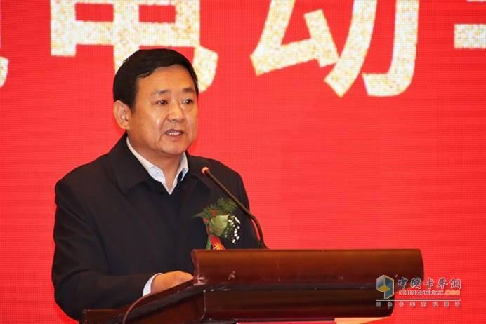 绿动能源公司董事长张志远