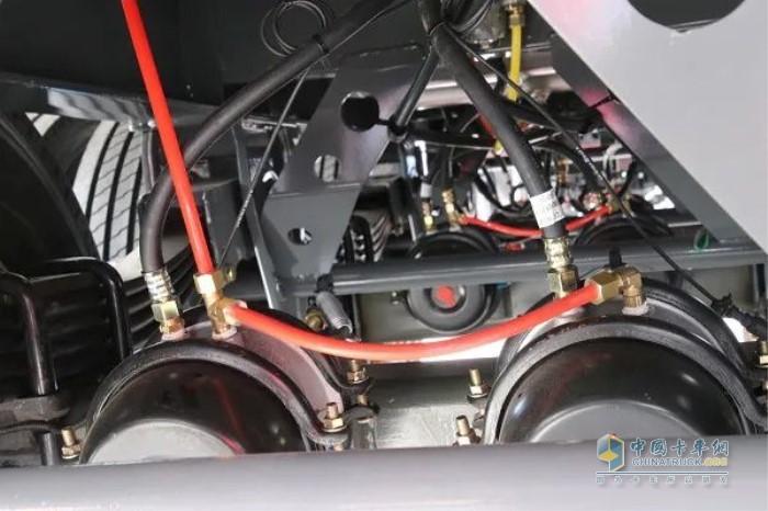 更耐用的铜质接头和耐折软管