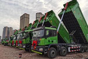 百辆国六渣土车交付证实力,西安康明斯X12发动机有排面!