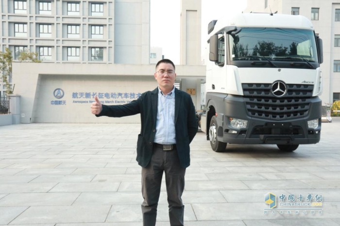 发现信赖 梅赛德斯 奔驰卡车 重卡 载货车