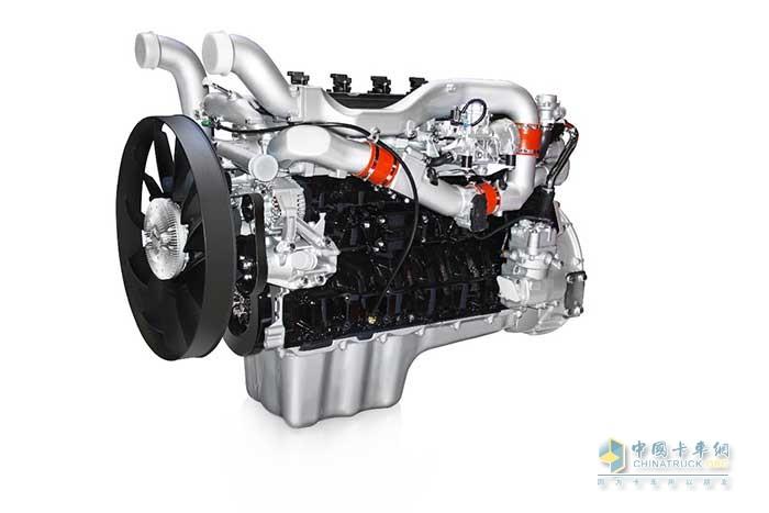 中国重汽自主研发的MT13燃气发动机