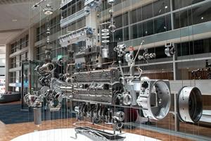 戴姆勒卡车也要装康明斯动力了!双方宣布在全球开展中马力商用车发动机合作