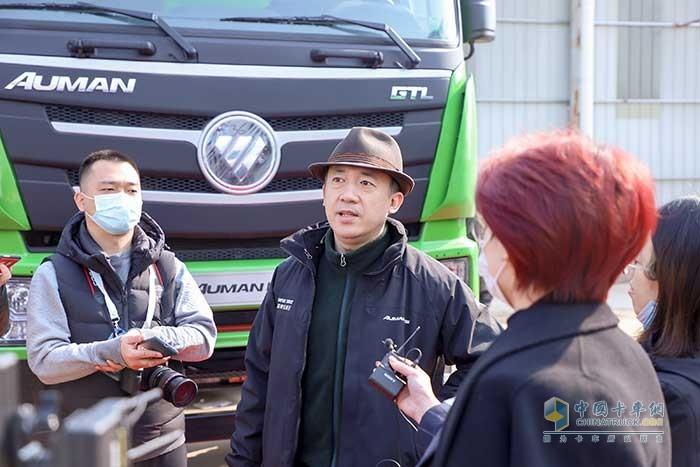 福田戴姆勒汽车品牌总监李健接受卡车网采访