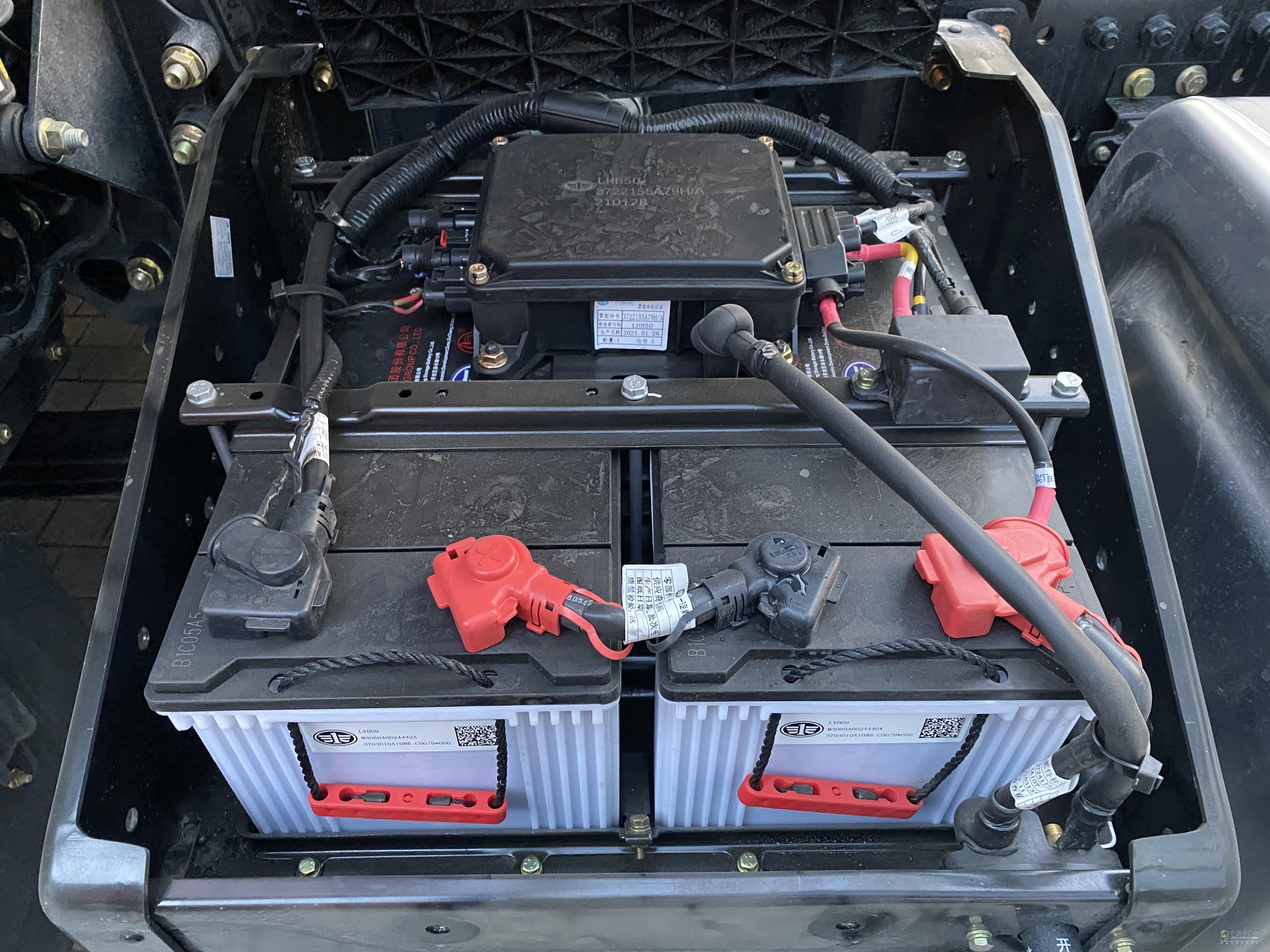 标配180Ah加强型蓄电池