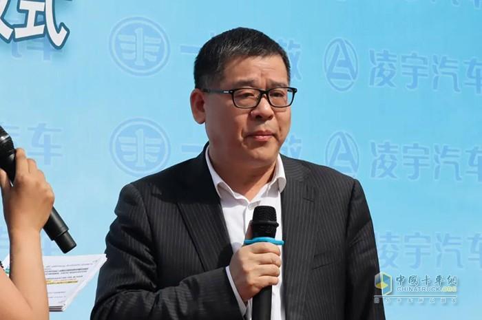 ▲ 胡柏林副总经理接受采访