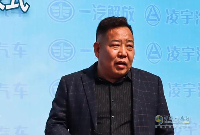 ▲ 周富社董事长接受采访