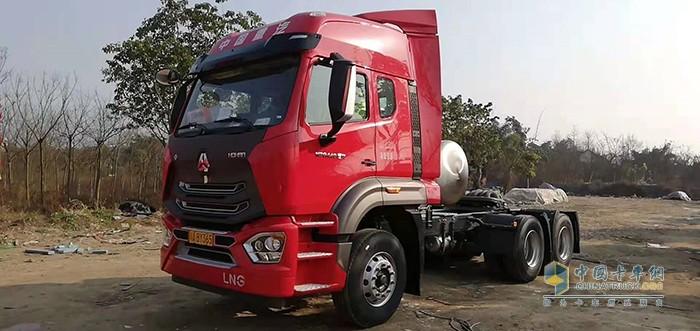 豪沃N7燃气车