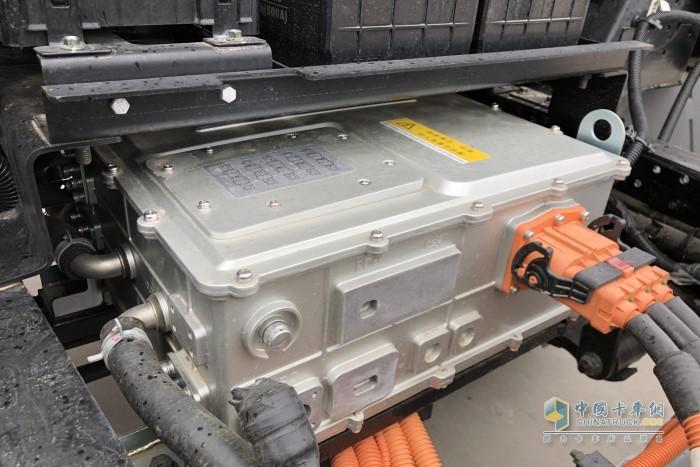 电控方面匹配的是来自北汽福田自家的电控系统