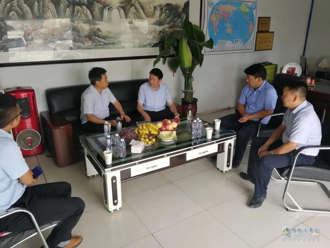 汉马科技党委书记、总经理刘汉如考察西北市场