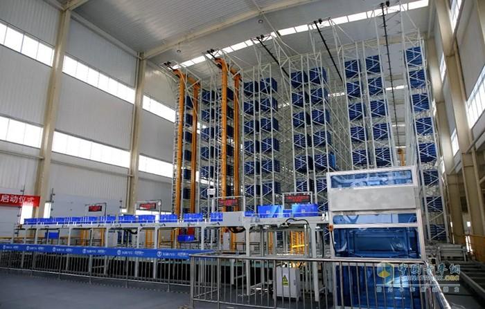 飞碟汽车自动化立体仓库