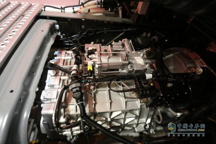 重汽S-AMT16无忧换挡变速箱