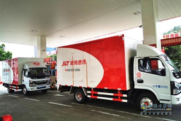 东风轻卡质量可靠、高效、省心的运营优势受到了来自行业客户的肯定