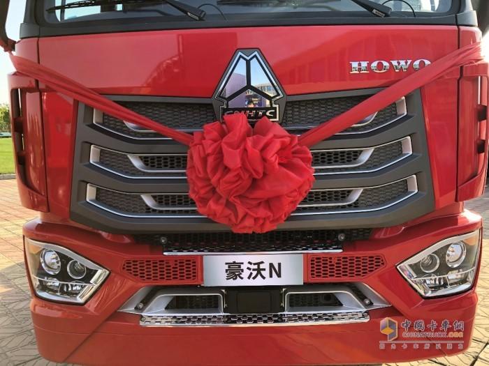 豪沃N7W中国元素前脸设计