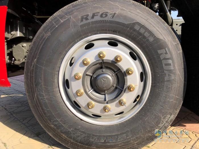 豪沃N7W牵引车可以选配胎压监测