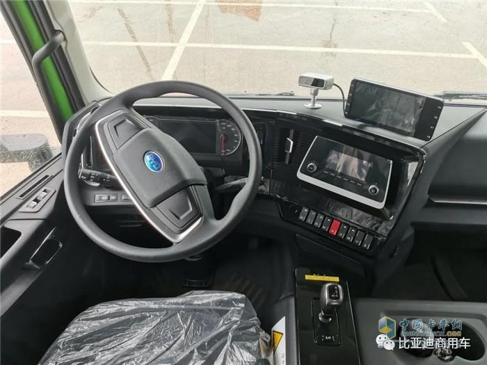 比亚迪商用车  纯电物流车