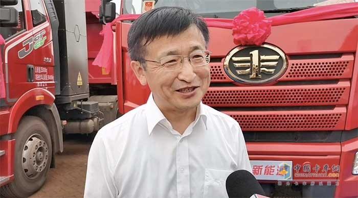 一汽解放汽车销售有限公司副总经理胡晓冬