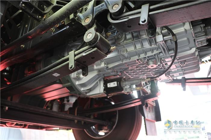整车搭载解放动力发动机+解放自主AMT变速箱