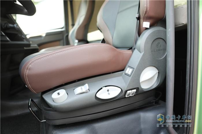 配备格拉默气囊座椅