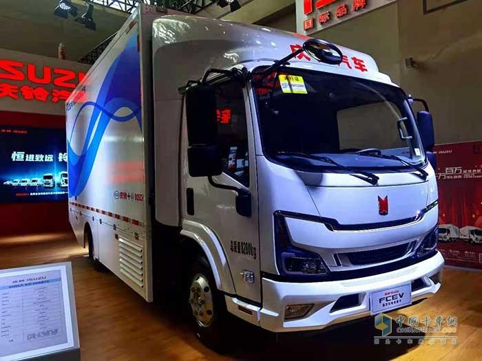 8.3吨氢燃料电池厢车