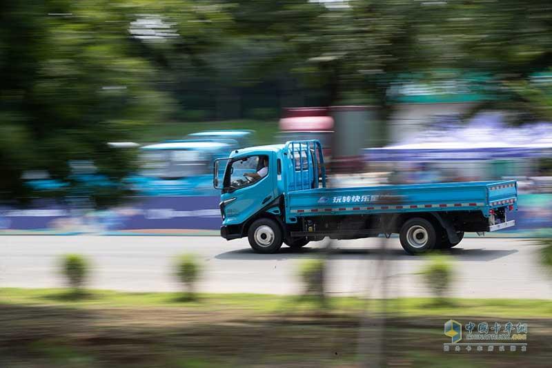 玩转快乐星球 我是卡车人大赛都有哪些看点?
