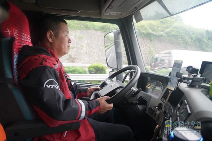 沃尔沃卡车,快递运输,重卡