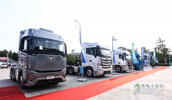 欧曼国六产品展示