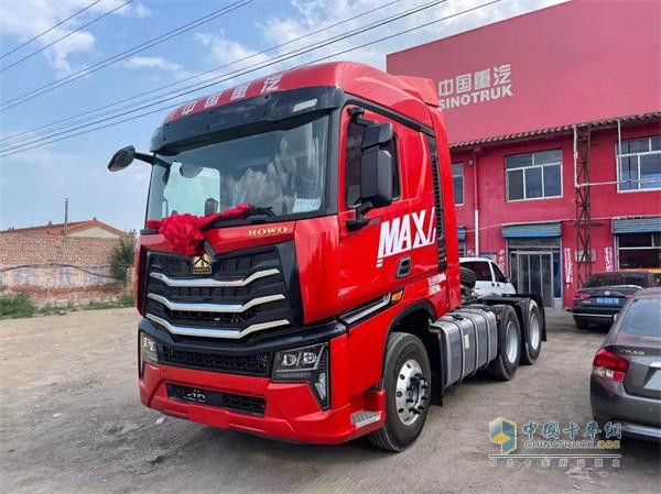 中国重汽   豪沃MAX
