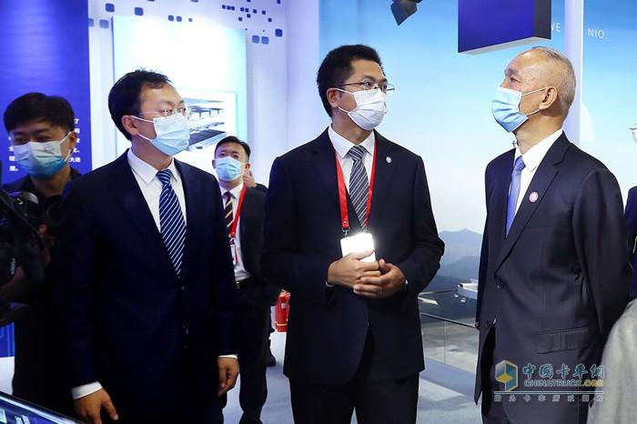 福田汽车智蓝欧曼液氢重卡