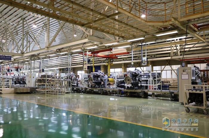 汉马科技投资20亿元建成的发动机智能工厂