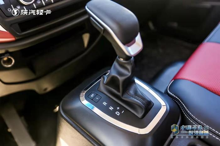 陕汽K5000全系匹配AMT变速箱